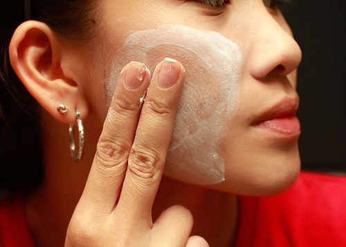 Phương pháp sử dụng mặt nạ sữa trị tàn nhang