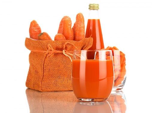 Ăn gì để chữa tàn nhang hiệu quả, Uống nước ép cà rốt hằng ngày để có được làn da đẹp hơn