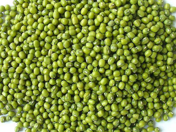 Đậu xanh chữa trị hiệu quả tàn nhang