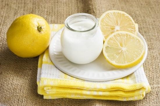 cách trị tàn nhang bằng sữa chua và chanh 1