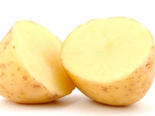 mặt nạ khoai tây trị tàn nhang 1
