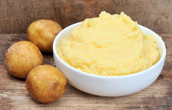 mặt nạ khoai tây trị tàn nhang 2
