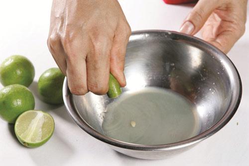 Cách trị tàn nhang đơn giản hiệu quả bằng nước cốt chanh tự nhiên