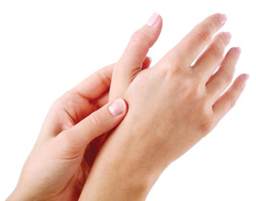 Trị tàn nhang ở tay không đau, không tái phát, không để lại sẹo 1