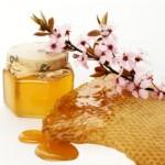 Tự chế mặt nạ chữa tàn nhang bằng mật ong